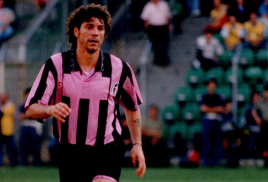 Sasà Campilongo, con una tripletta, eliminò la Juventus dalla Coppa Italia